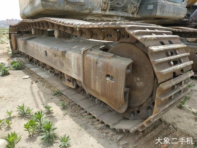徐工 XE370CA 挖掘机