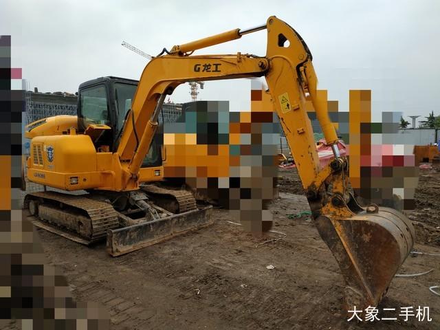 龙工 LG6065 挖掘机