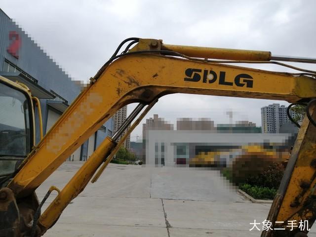 山东临工 LG660 挖掘机