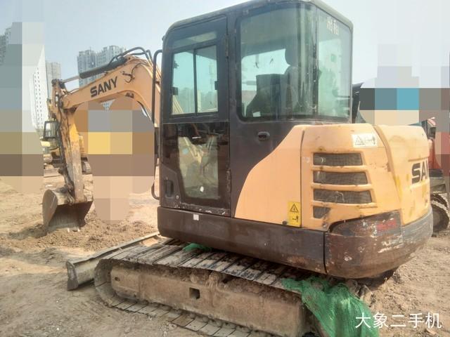 三一重工 SY55C 挖掘机