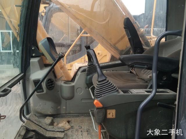 柳工 CLG936D 挖掘机