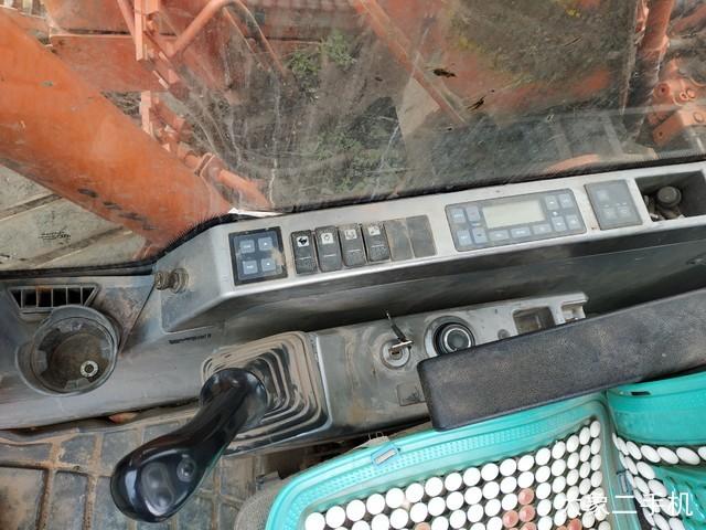 斗山 DX120 挖掘机