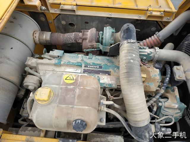 沃尔沃 EC250DL 挖掘机