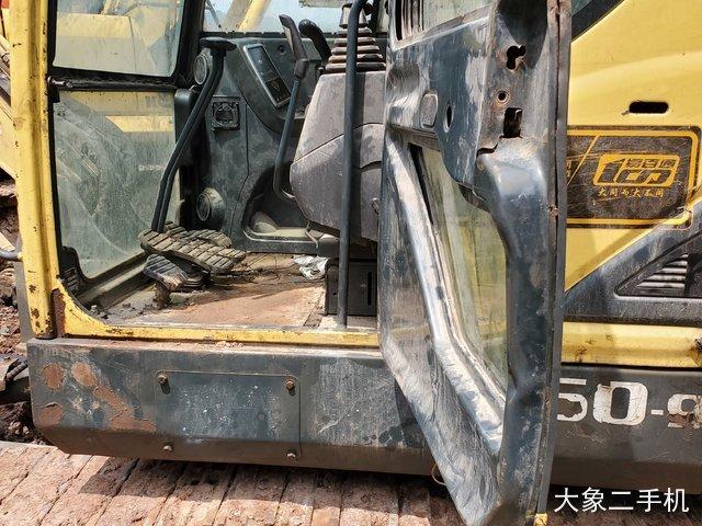 现代 R60-9 挖掘机
